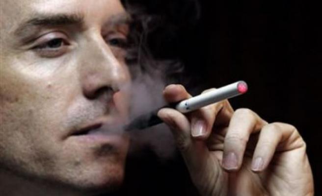 Sigara içen kadınların tüp bebek hayali de zor