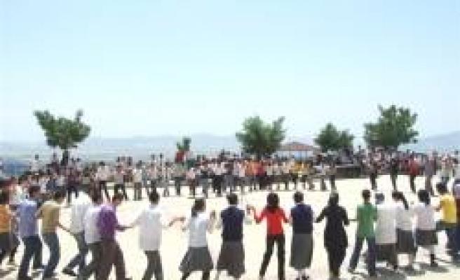 19 Mayıs Lisesi'nde Gençlik Şöleni