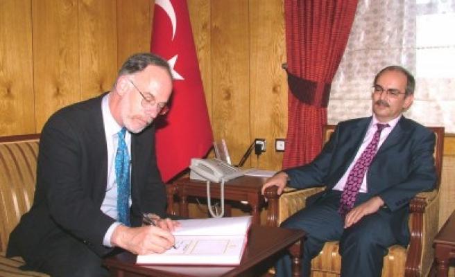 FLAŞ: ABD Büyükelçisi Kahramanmaraş'ta..