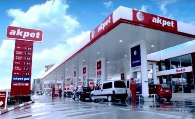 Rus petrol devi Lukoil Akpet'i satın aldı