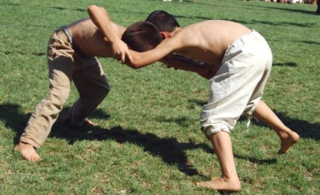 19'uncu Geleneksel Karakucak Güreş Festivali