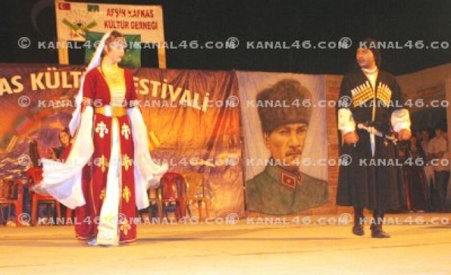 2. Kafkas Kültür Festivali renkli geçti