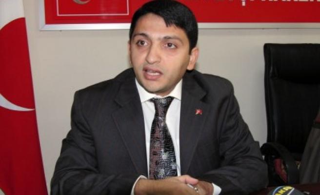 FLAŞ: AK Parti'den kopuşlar başladı!