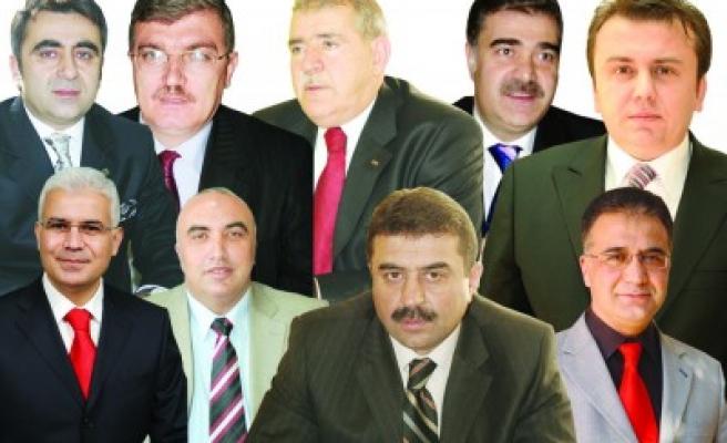 FLAŞ... AK Parti'nin adayı Mustafa Poyraz!