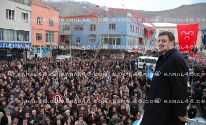 AK Parti Elbistan'da gövde gösterisi yaptı