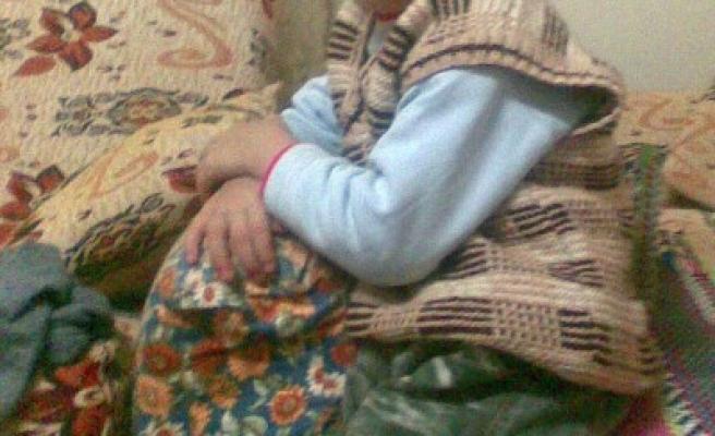 Üzerine TV düşen çocuk öldü