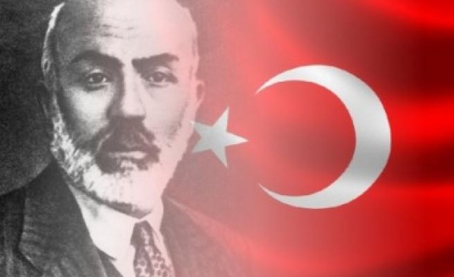 Mehmet Akif Ersoy'a yakışır bir program