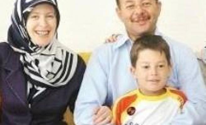Bakan'ın iki çocuğu da domuz gribi olmuş!