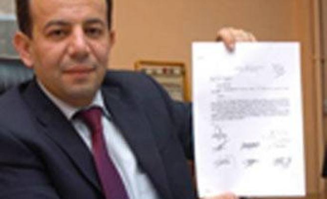 AK Parti'den CHP'ye `bayrak asma' cezası!
