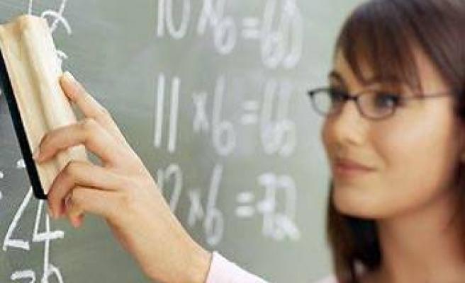 Öğretmenlere 750 lira fazla maaş!