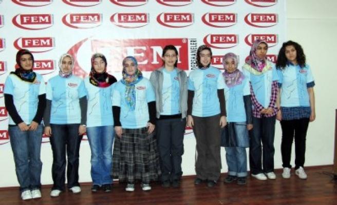 FEM Dershaneleri YGS'de başarısını yine kanıtladı!