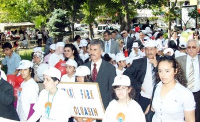 MEM Akgül; 'Eğitim her türlü engeli aşar'
