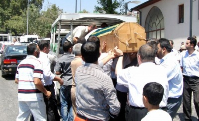 Hançerkıran'ın cenazesi toprağa verildi'