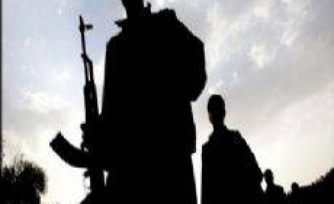 FLAŞ: 1'i Pazarcık'ta 2 terörist teslim oldu!...