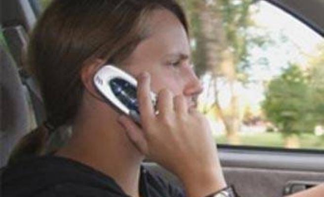 Arabada güvenli ve yasal konuşmanın yolu!..