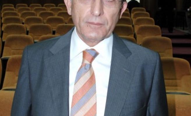 FLAŞ: Rektörlük seçiminde Karaaslan birinci oldu..