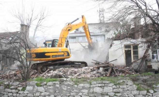 Kahramanmaraş Belediyesi'nden kaçak yapılara geçit yok!