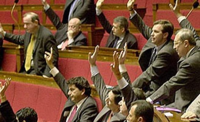 Ve sonunda Sarkozy de konuştu...