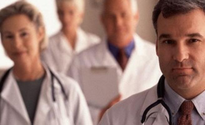 Sağlık-Sen de Zaman yazarından özür bekliyor!..