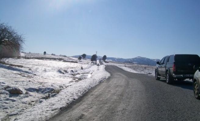 Ilıca-Beşen yolundaki asfalt çalışması tamamlandı..