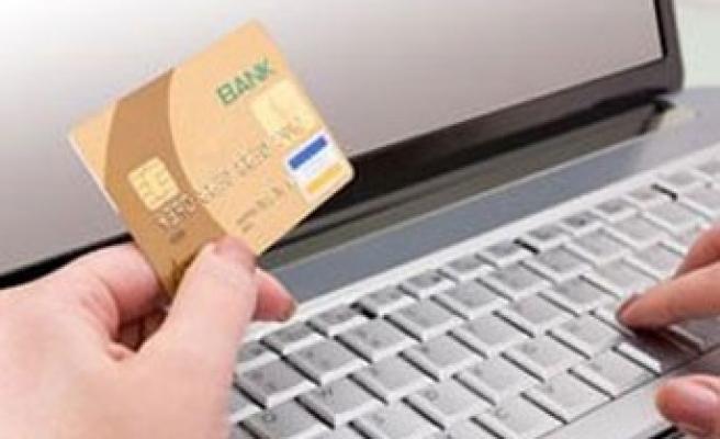 Bankalar SMS`den de para alacak!..