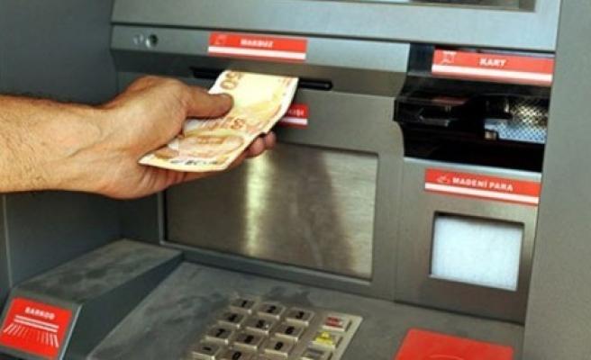 'Bankaların ücret kesmesine son verilmeli'