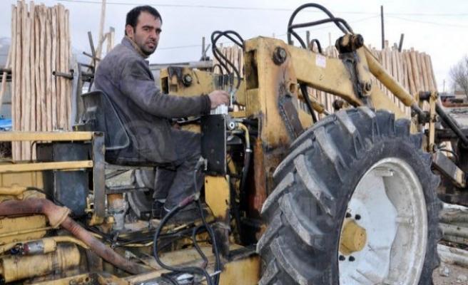 Hurda traktörü