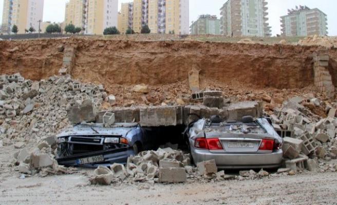 Gaziantep'te istinat duvarı çöktü