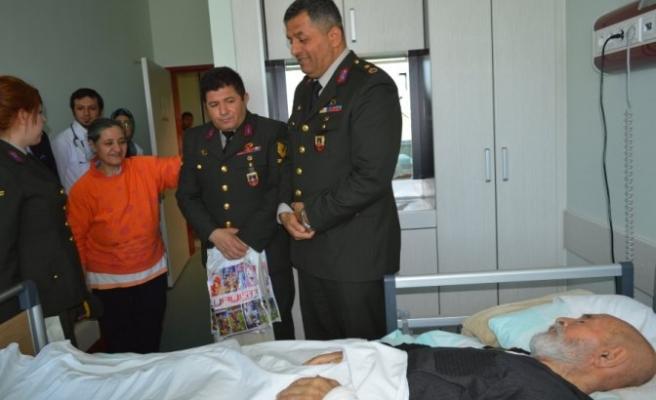 Jandarma'dan Kanser Hastalarına Ziyaret