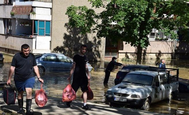 Bosna Hersek'e yardımlar sürüyor