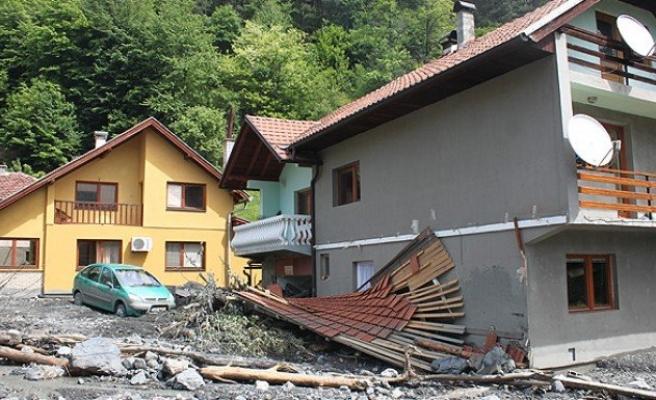 NATO'dan Bosna Hersek'e destek