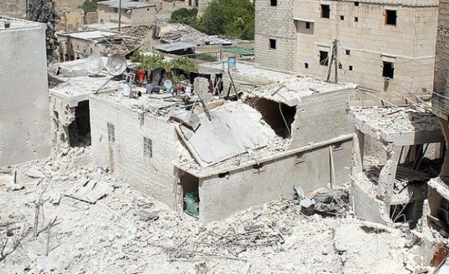 Suriye'de seçim çadırına havan saldırısı