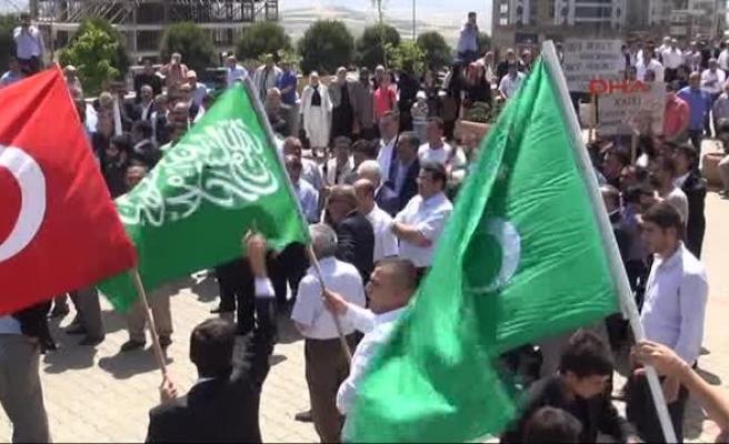 Yazıcıoğlu kararını protesto edenlere gazlı müdahale
