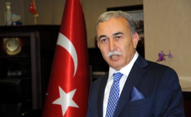 Adana Valisi göreve başladı