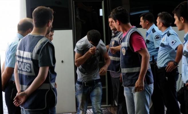 Yurda zarar veren 54 öğrenci adliyeye sevk edildi