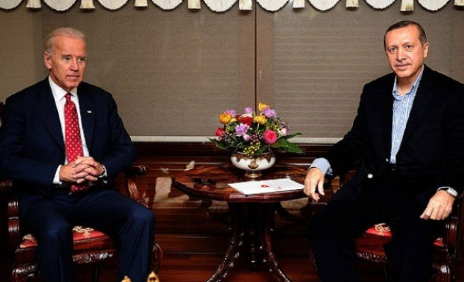 Biden, Erdoğan ile telefonda görüştü