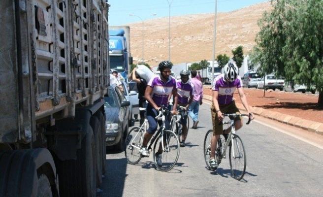Bisikletli Aktivistler Cilvegözü'nde