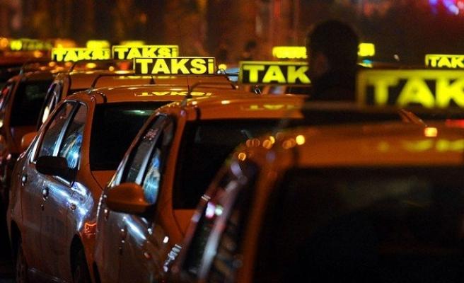 Taksi şoförleri psikoloji eğitimi alacak
