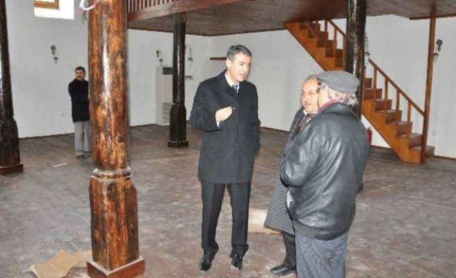 Ceyhan Camii'nin restorasyonunda sona gelindi