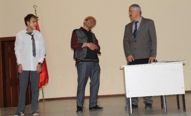 Nurhak'ta Halk Eğitim gecesi