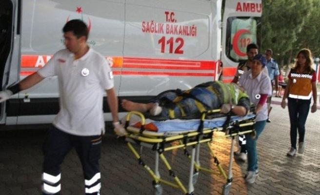 Depoda İskele Çöktü: 6 Yaralı