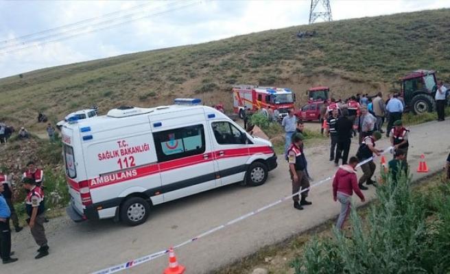 Ankara'da feci kaza: 20 yaralı!