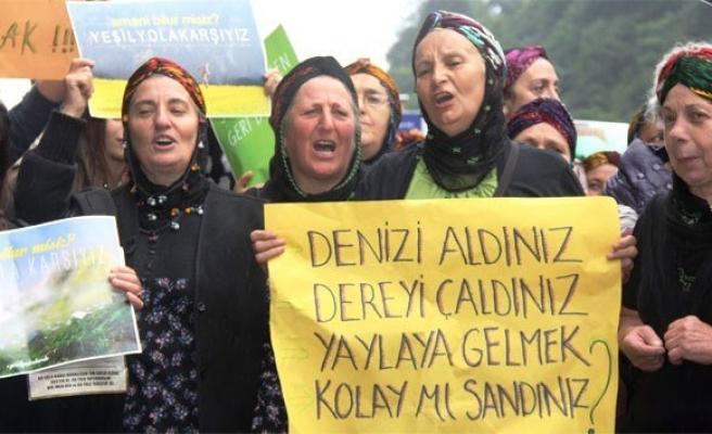 Rize'de 'Yeşil Yol' protestosu devam ediyor!