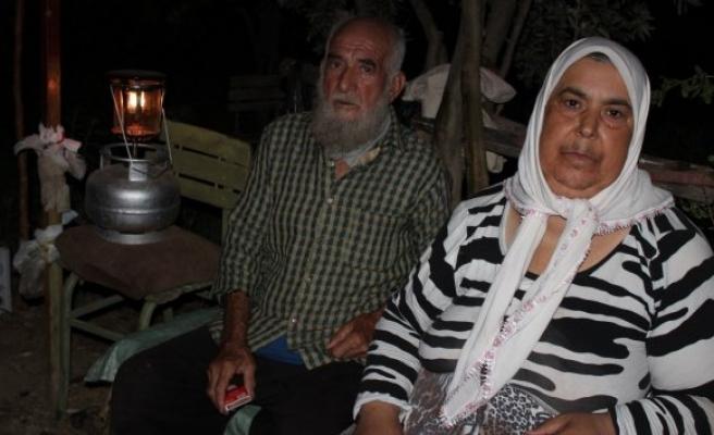 Işık ailesi, 13 yıldır karanlıkta yaşıyor