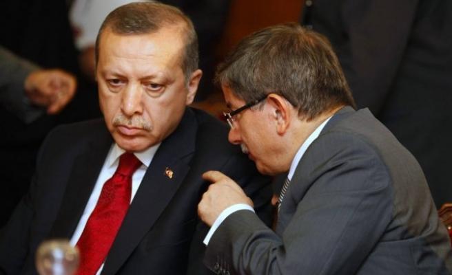 AK Parti'de kongre krizi mi var?
