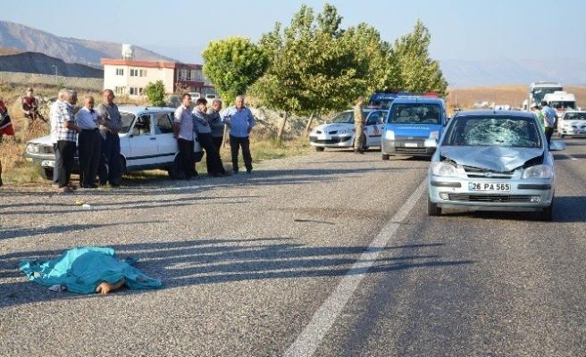 Otomobilin Çarptığı Çocuk Hayatını Kaybetti!