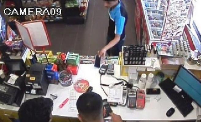 Denetimli Hırsızlar Güvenlik Kamerasında!
