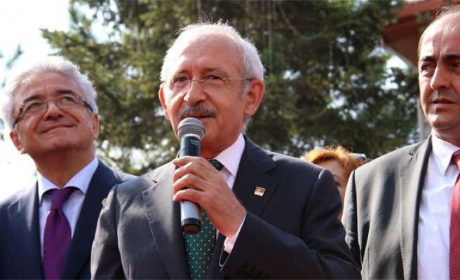 Kılıçdaroğlu: 'Partiler futbol kulüpleri gibi tutulmaz'!
