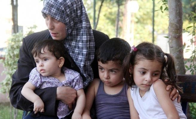 Suriyeli Kadına Bıçaklı Gasp Şoku