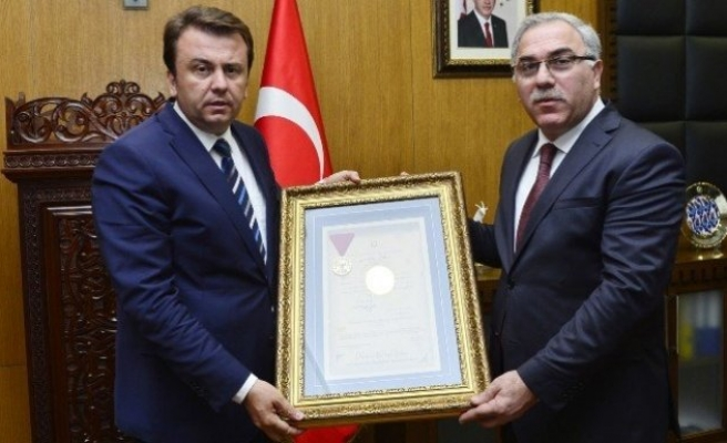 """Toki Başkanı Turan:""""2016, Kahramanmaraş için güzel yıl olacak"""""""